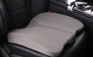 6 Best Car Seat Cushion for Long Distance Driving to Buy in 2021